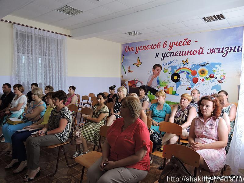 Очередная встреча информационной группы администрации г. Шахты прошла в пос. Ново-Азовка