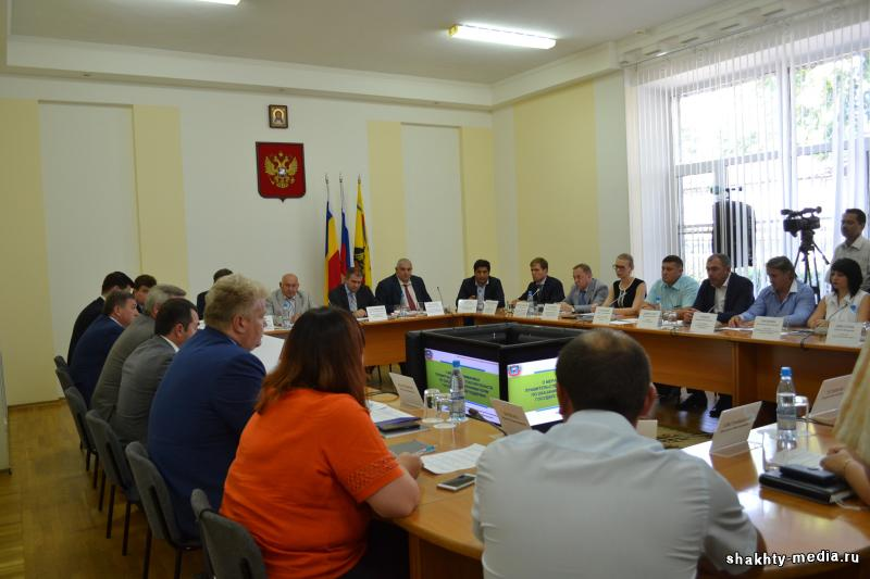 Руководители шахтинских предприятий обсудили с губернатором Ростовской области инвестиционный климат в городе