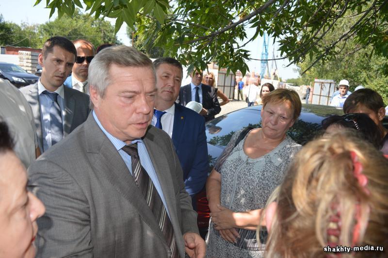 Губернатор Ростовской области взял ситуацию с обманутыми шахтинскими дольщиками под личный контроль
