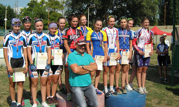 Воспитанницы «РосВело-СШОР №15» успешно выступили на первенстве России и ЮФО по велоспорту
