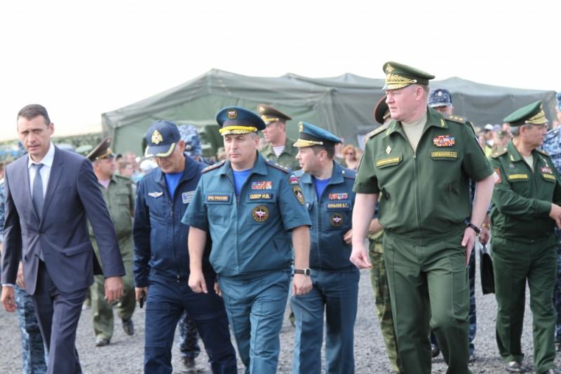 Выставка современной военной техники прошла на полигоне «Кадамовский»
