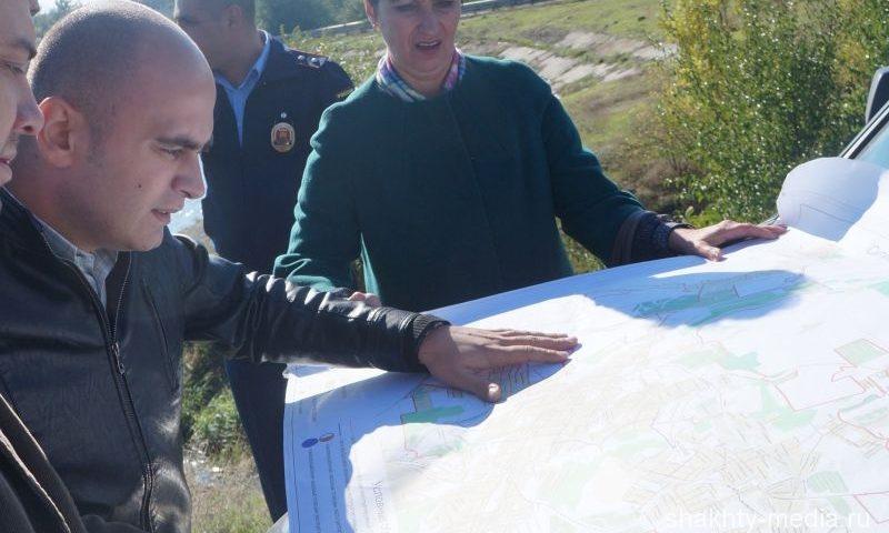 В Шахтах продолжается обследование воды и грунта пруда поселка ХБК