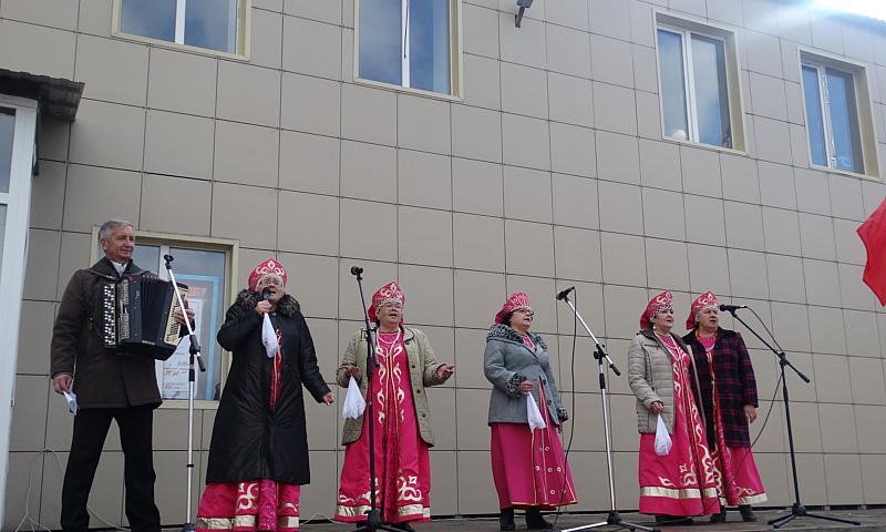 День народного единства отметили в поселке им. Красина