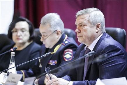 Губернатор Ростовской области потребовал повысить контроль за качеством пассажирских перевозок