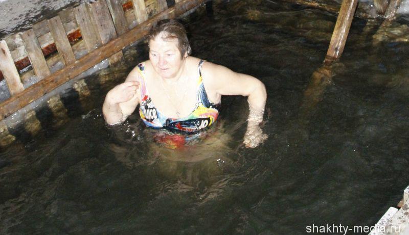 Нельзя нырять в прорубь. Советы для тех, кто планирует купаться на Крещение