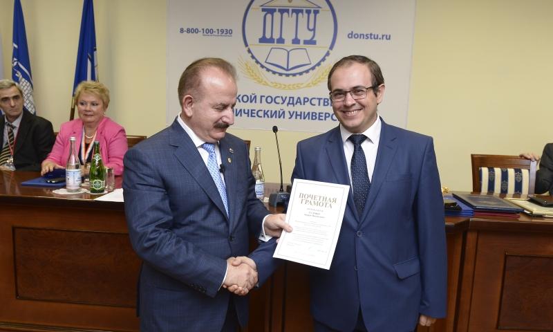 Профессор шахтинского ДГТУ вошел в Топ-100 ученых России