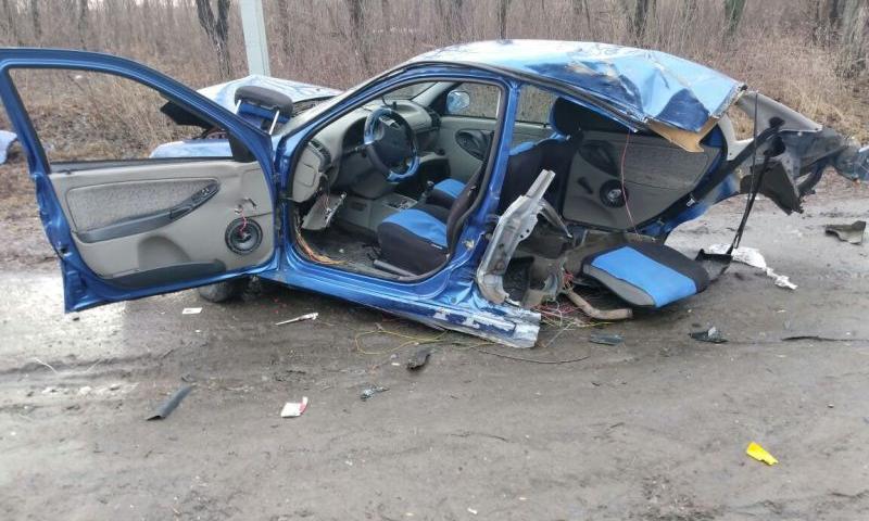 В Шахтах водитель ВАЗа столкнулся автомобилем Форд Транзит