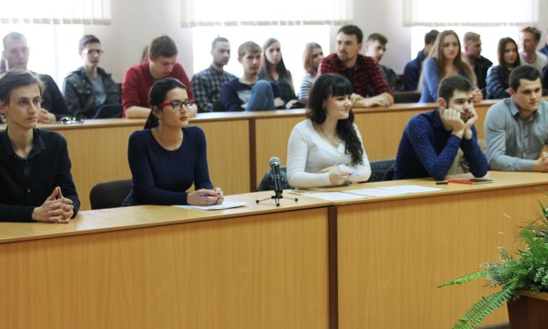 Студенты ИСОиП (филиал) ДГТУ в г. Шахты приняли участие в дебатах