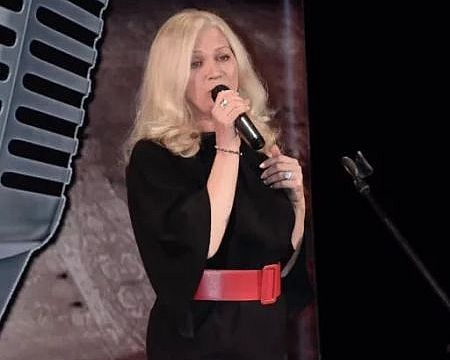 24 марта в Шахтах выступит автор гимна города Ольга Корнеева