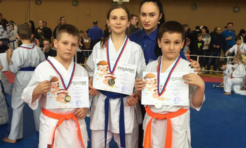 Шахтинские бойцы пополнили копилку наград спортивного клуба «Георгий Победоносец»