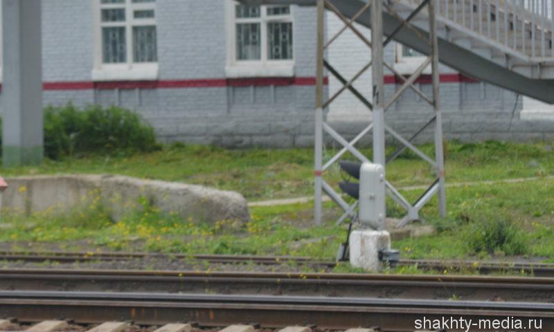 В Ростове поезд сбил 22-летнего парня