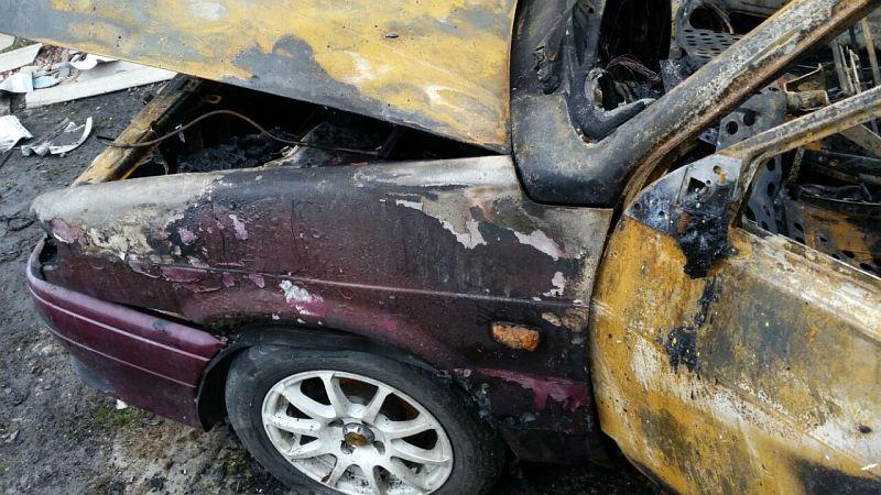 В Шахтах в результате поджога сгорела «пятнадцатая»