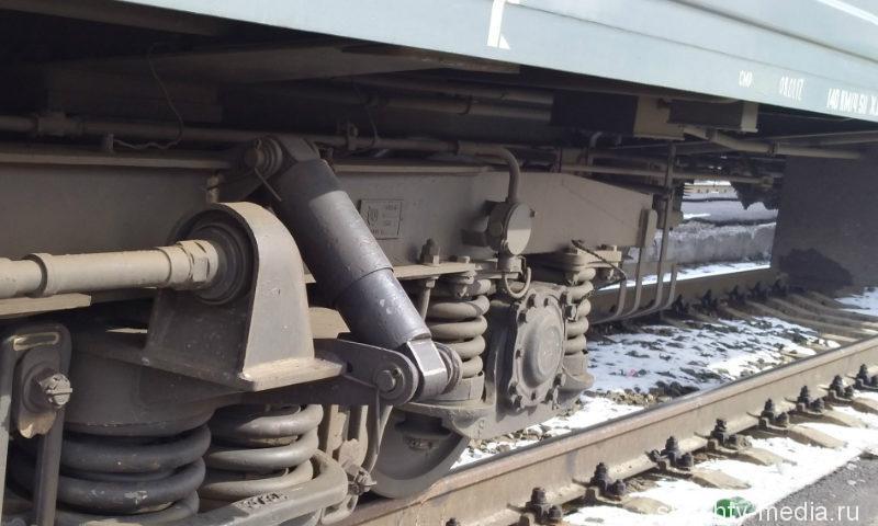 14-летняя девочка, делая селфи на вагоне поезда, получила разряд током