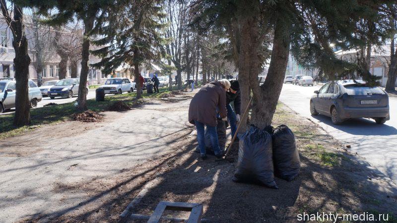 Улицу Ленина привели в порядок в рамках Дня чистоты