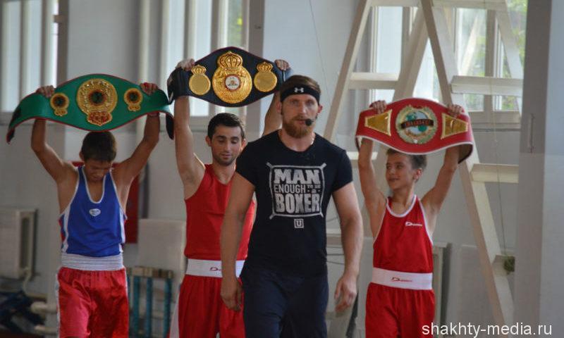 В Ростове-на-Дону состоится матч—реванш донского боксера Дмитрия Кудряшова и американца Оланреваджу Дуродолы