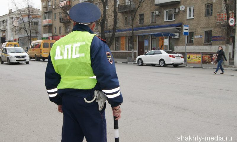 Образовалась пробка между городами Шахты и Каменск-Шахтинский