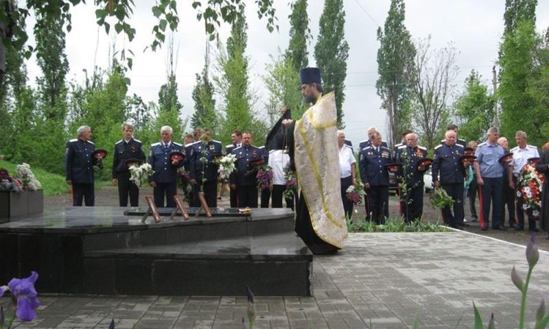 Аютинцы поблагодарили солдат Победы