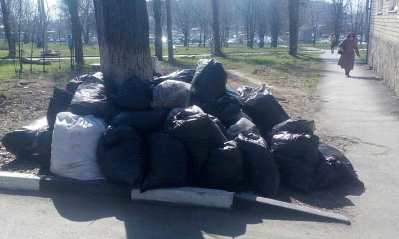 110 мешков мусора собрано во время уборки по улице Индустриальной в г.Шахты