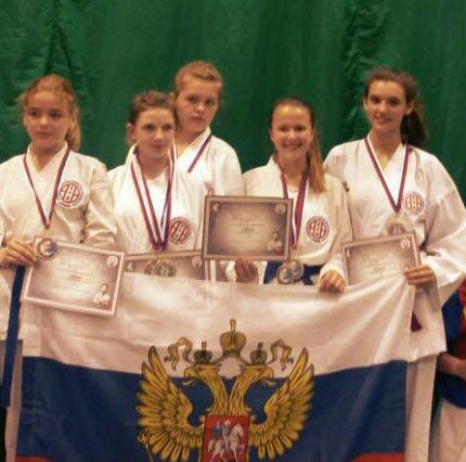 Шахтинская каратистка Анастасия Леонова заняла первое место на соревнованиях в Словакии