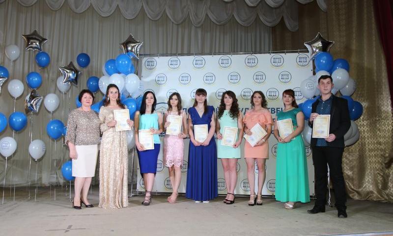 Выпускники ИСОиП г.Шахты получили дипломы бакалавров и магистров