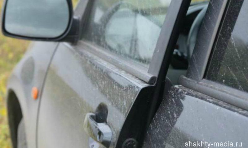 В городе Шахты за грабеж и угон такси шахтинец сел на три года