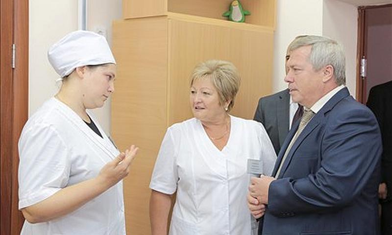Василий Голубев поддержал идею наставничества для молодых врачей