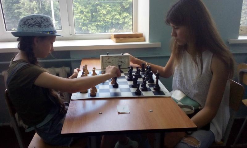 Более 100 человек приняли участие во Всероссийских соревнованиях по быстрым шахматам «Рапид памяти Владимира Дворковича»