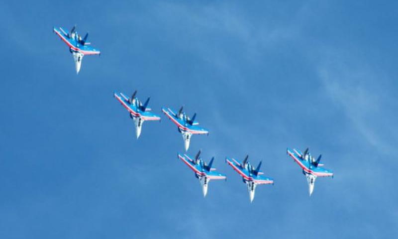 Группы высшего пилотажа «Русские витязи» и «Беркуты» выступят на Дону