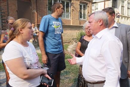 Губернатор Ростовской области принял решение о выплате единовременной материальной помощи пострадавшим ростовчанам