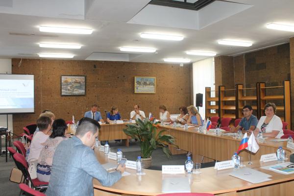 Активисты Народного фронта в Ростовской области провели презентацию проекта ОНФ «Равные возможности – детям»