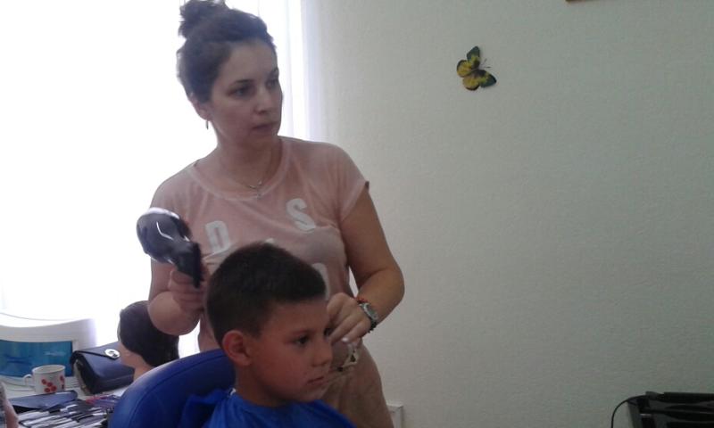 Благотворительная парикмахерская открылась в г.Каменск-Шахтинский в рамках епархиального проектапобедителя конкурса «Православная инициатива 2017»