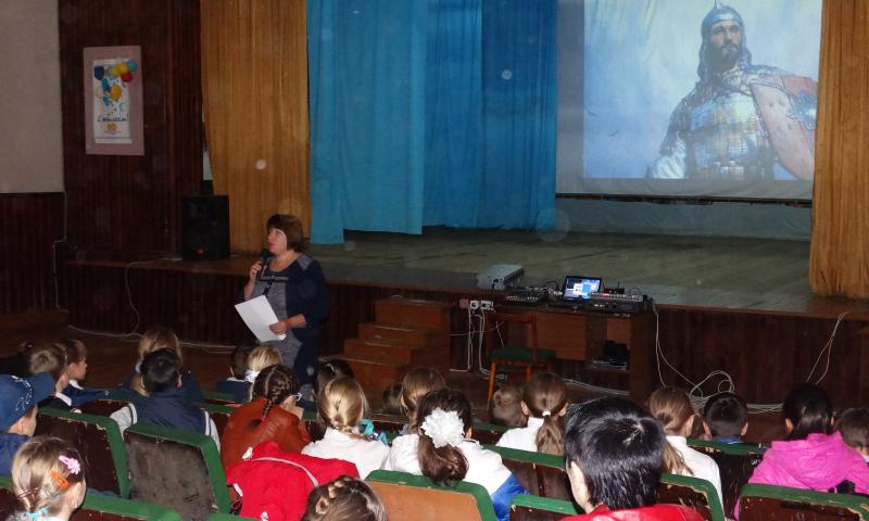 Познавательный час  о Дмитрии Донском прошел для учеников школы №27