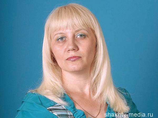 Лилия Григорьева, библиотекарь Шахтинского центра помощи детям №1:
