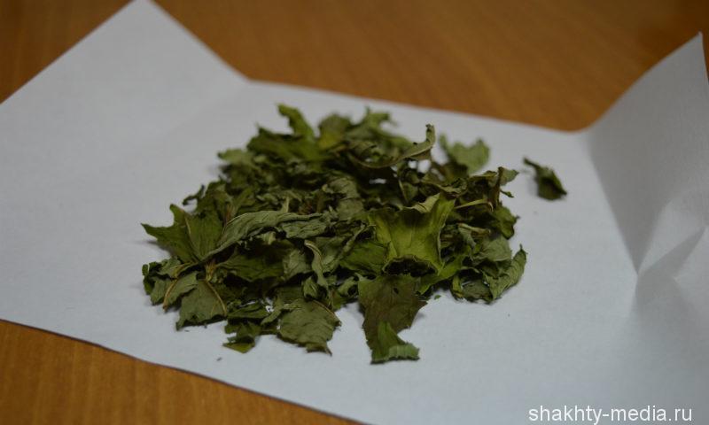Недалеко от Шахт полицейские обнаружили более 22 килограммов марихуаны