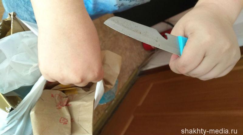Шахтинский пенсионер подшофе напал с ножом на продавца магазина