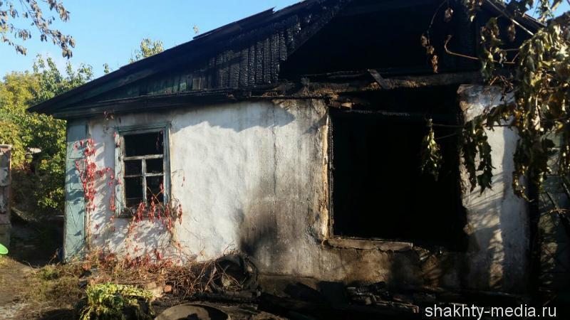 В Шахтах в пожаре погибли две пенсионерки