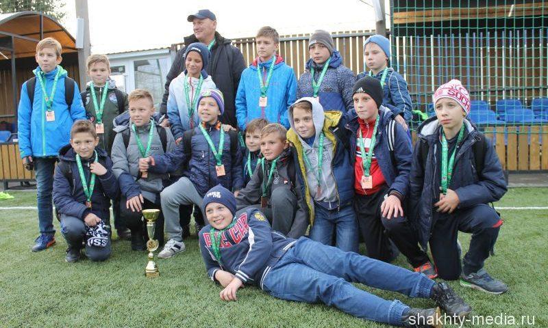 Шахтинская футбольная команда «Артемовец» заняла  III место