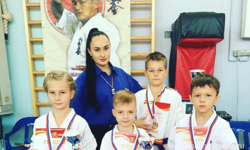 Шахтинские бойцы привезли шесть медалей с первого открытого городского первенства по Шинкиокушинкай каратэ