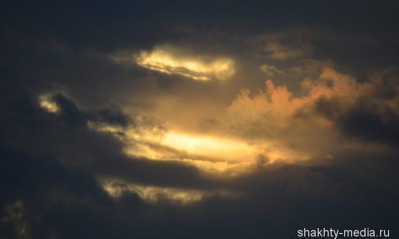 Шахтинцы, возможно, увидят солнце во вторник