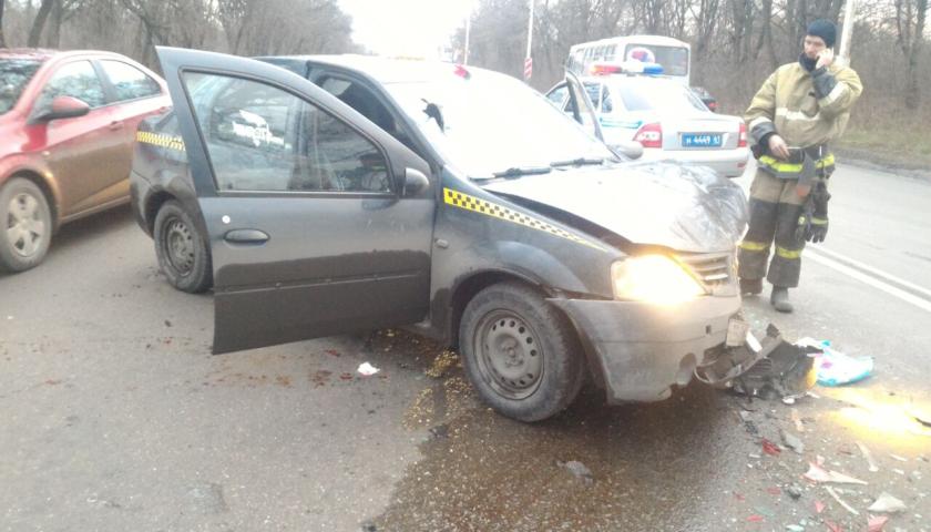 Стали известны подробности аварии с участием трех  машин