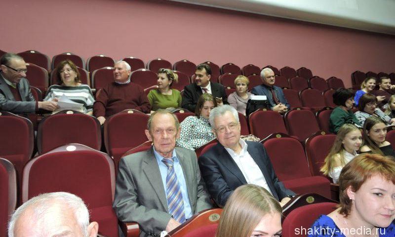 На Дону формируется новое общественное движение почетных граждан-наставников