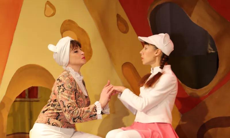 Шахтинский драматический театр  подготовил Новогоднюю программу для юных зрителей