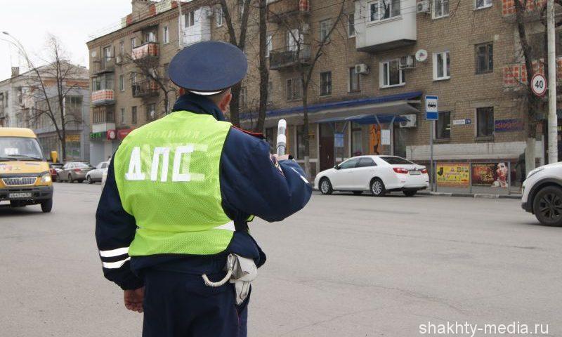 В Шахтах угнали автомобиль «Рено Логан»