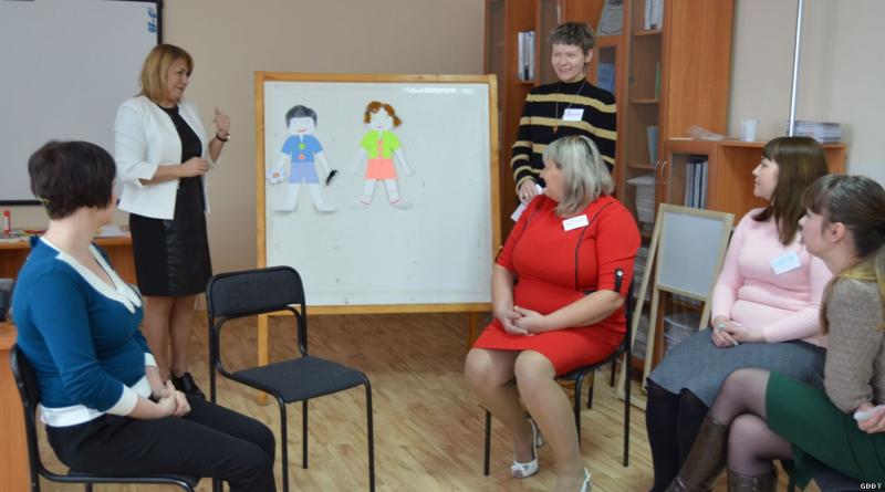 В Шахтах прошел третий конкурсный день в номинации «Педагог-психолог 2018»