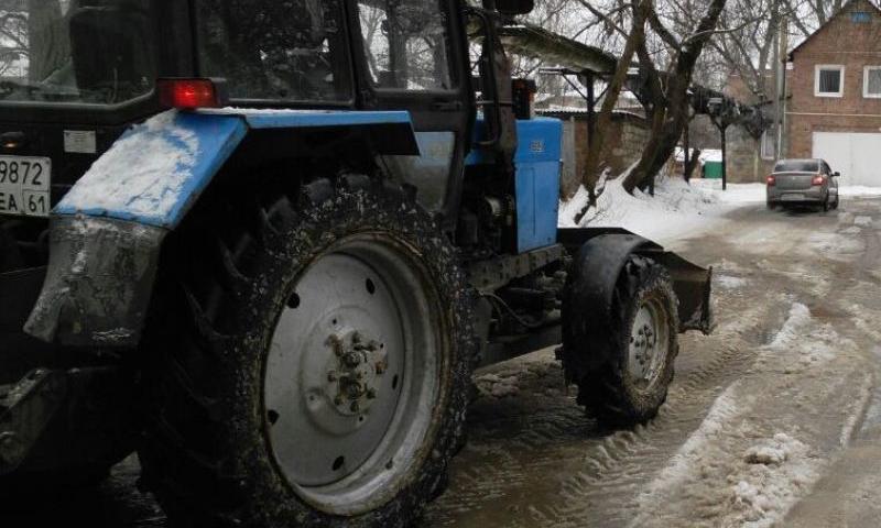 Последствия порыва водопровода  на улице Садовой в г.Шахты устранены