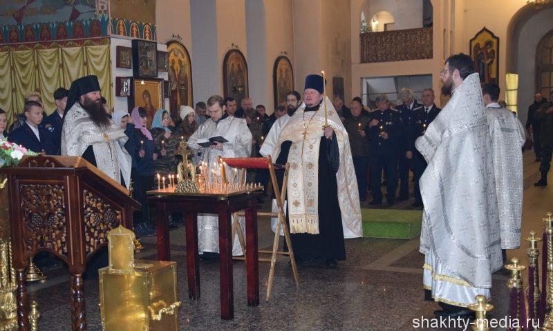 Шахтинские казаки почтили память погибших  соотечественников
