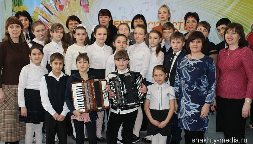 """Концерт """"Подвиг солдата"""" прошел в центре искусств им. М. А. Балакирева"""