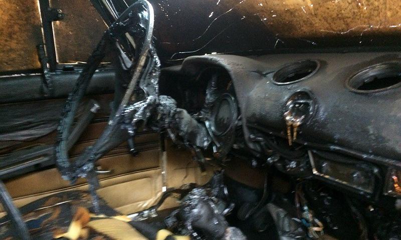 В Шахтах в поселке Воровского сегодня ночью сгорела «семерка»
