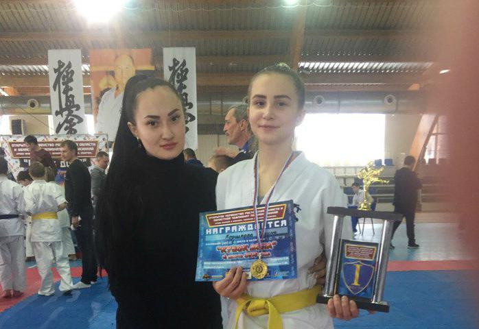 Шахтинка Полина Коршкова победила в открытом первенстве Ростовской области по  киокусинкай
