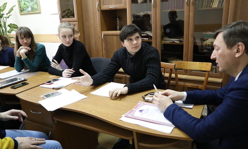 ИСОиП (филиала) ДГТУ в г. Шахты прошло  заседание научного студенческого кружка «Православный Восток»